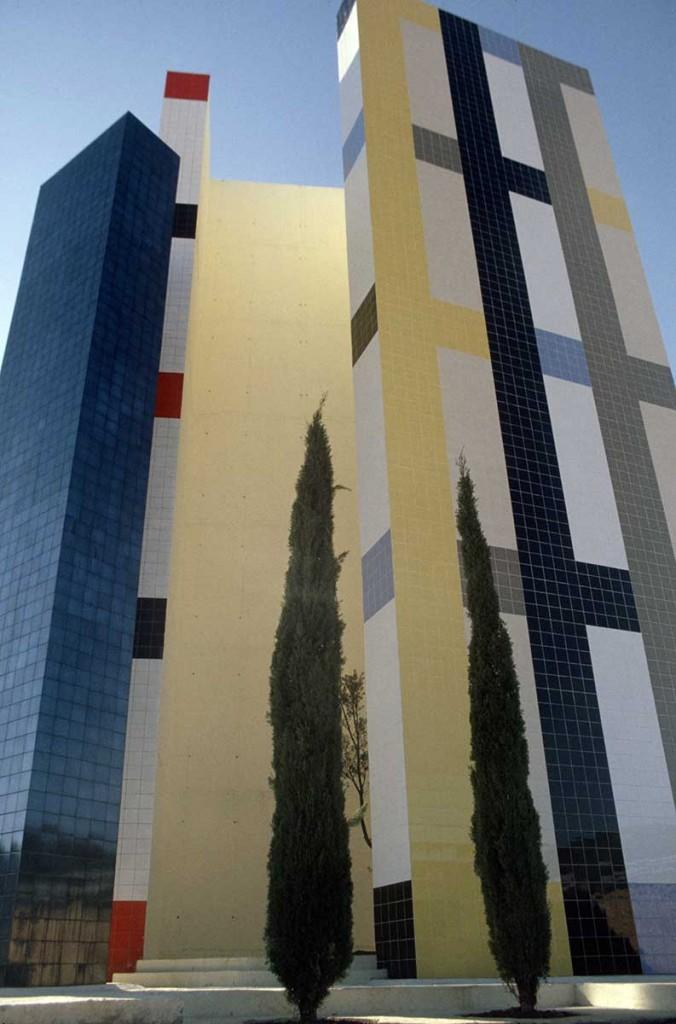6_Outside_Enric Mestre_escultura
