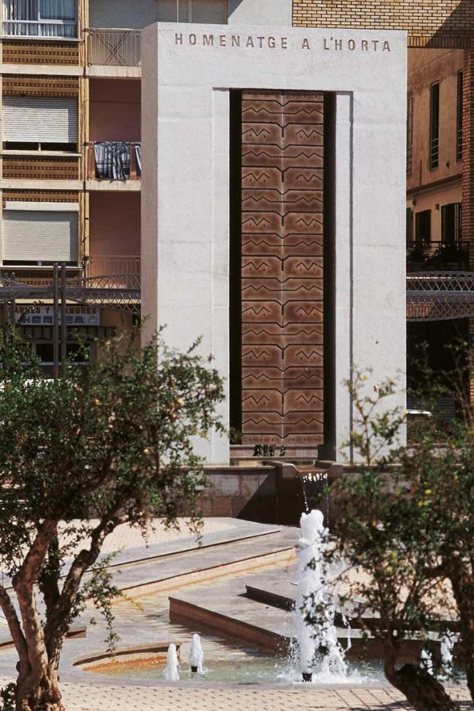 8_Outside_Enric Mestre_escultura