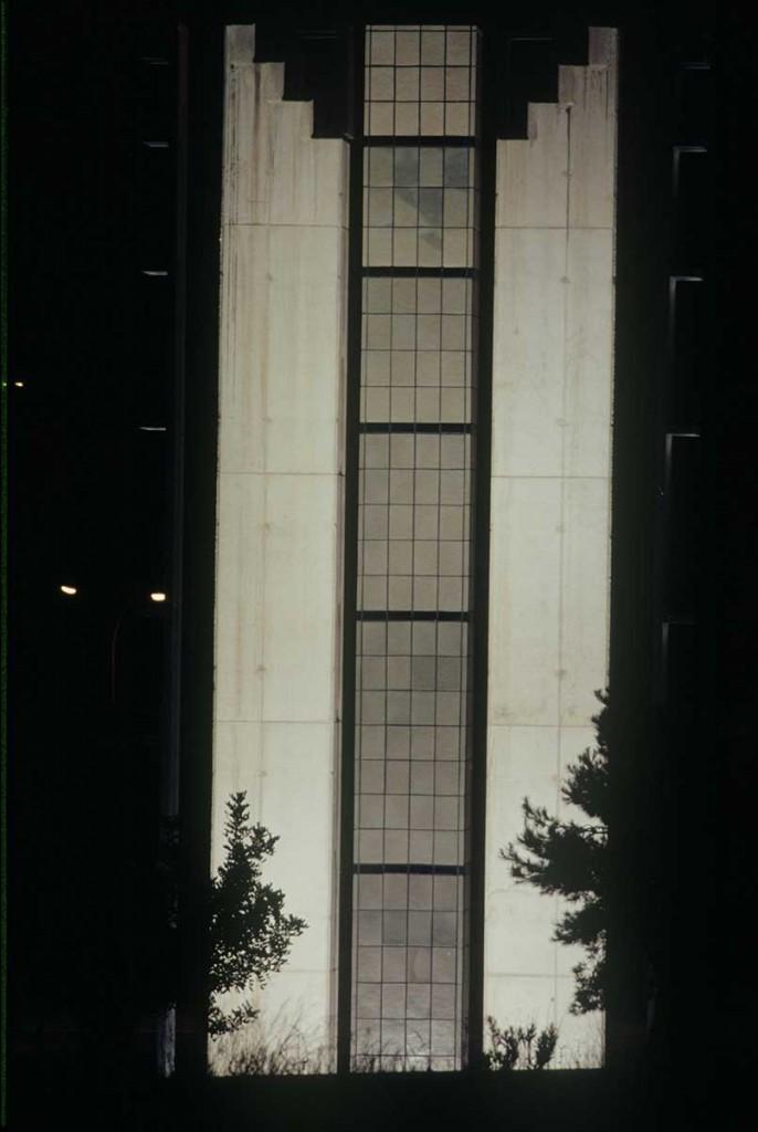 10_Outside_Enric Mestre_escultura